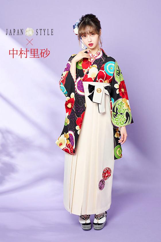 JAPAN STYLE×中村理砂 新作振袖スタイル(黒)の衣装画像1