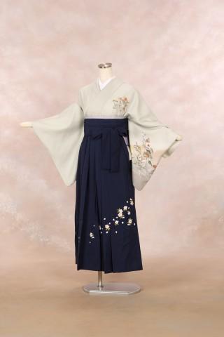 No.2051 着物/淡緑 袴/紺