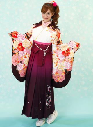 No.591 エレガントな花柄着物&ぼかし紫地のチェリー花柄袴