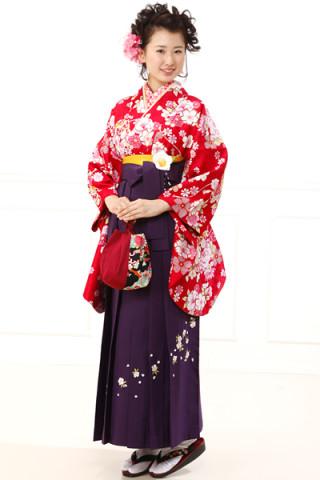 No.686 赤地桜柄着物&紫刺繍袴