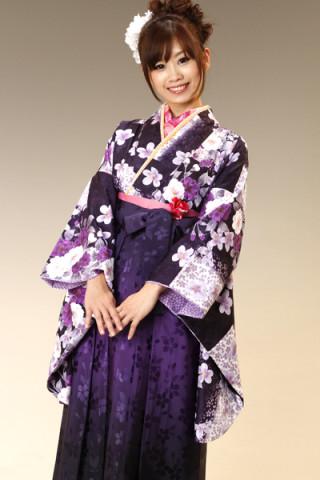 No.687 紫地市松の桜柄着物&紫ぼかしの桜地紋袴