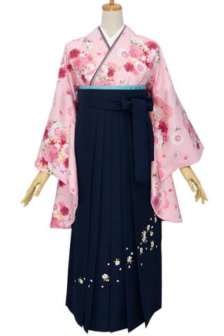 No.696 かわいいピンク地桜柄着物&紺刺繍袴