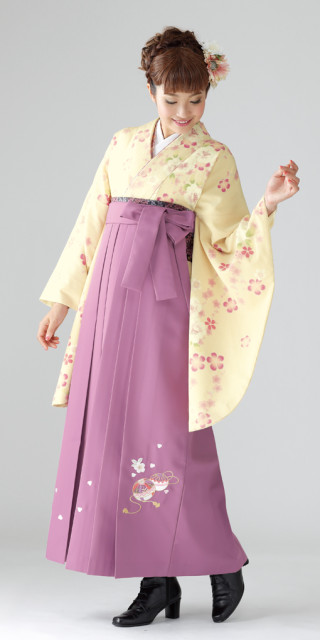No.1552 【卒業時装】着物823クリーム/たて桜*はかま378藤色/手まりししゅう