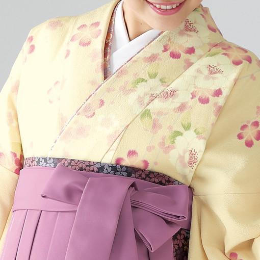 【卒業時装】着物823クリーム/たて桜*はかま378藤色/手まりししゅうの衣装画像2