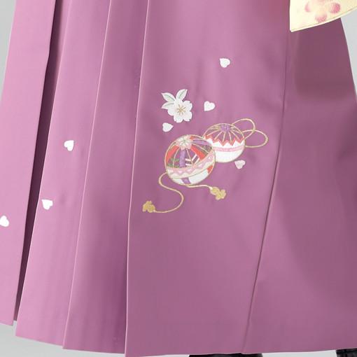 【卒業時装】着物823クリーム/たて桜*はかま378藤色/手まりししゅうの衣装画像3
