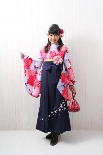 小学生花柄&刺繍袴 10000円~の衣装画像1