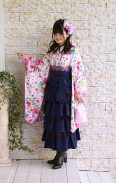 小学生メゾピアノ袴20000円~の衣装画像1