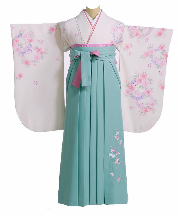パステルトーンの着物と袴の衣装画像1