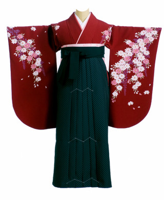 No.1225 えんじ色に花柄着物に市松柄の袴