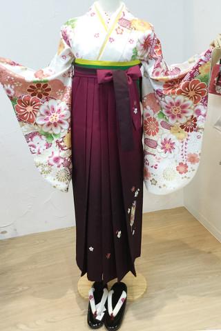 華やか花柄二尺袖×紫グラテーション袴