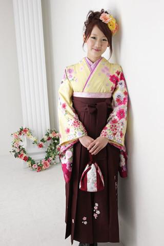 No.1739 【小振袖】黄色地・花柄 【袴】赤地