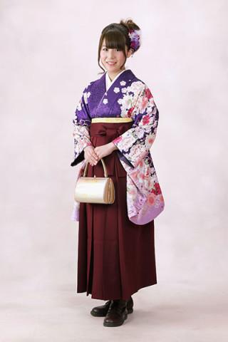 【小振袖】紫地・花柄 【袴】赤地