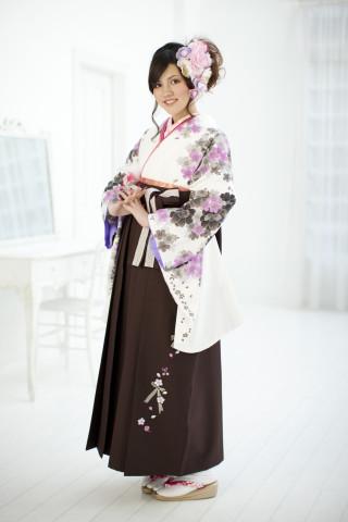 珍しい茶色の袴