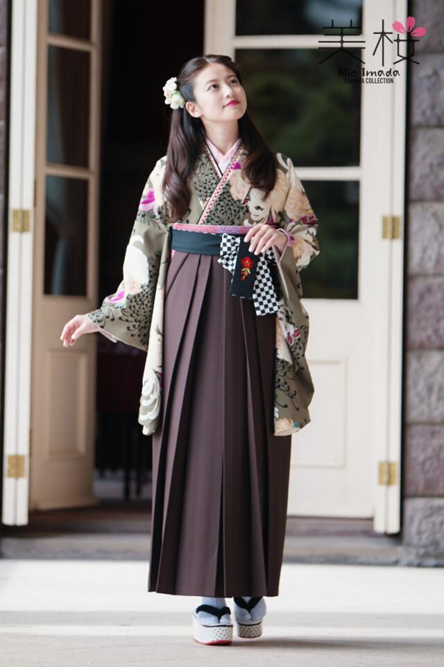 MION-201の衣装画像1