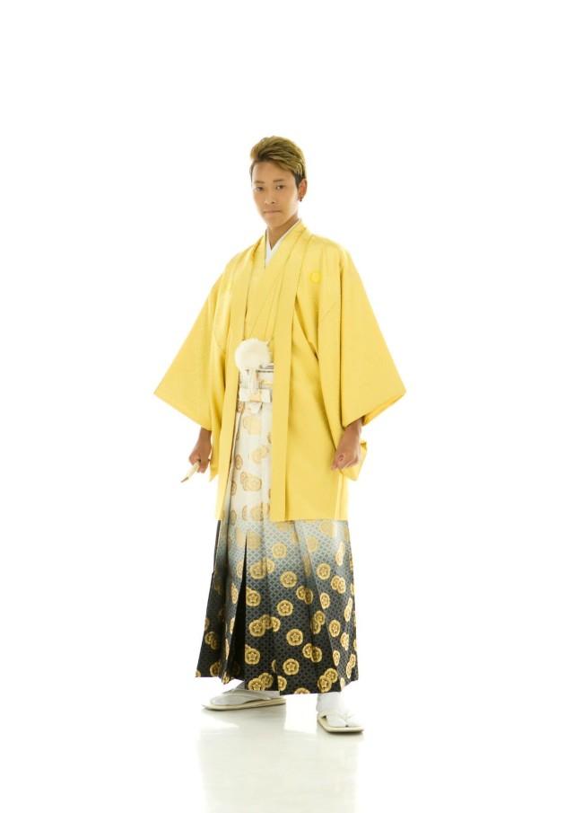 黄色の衣装画像1