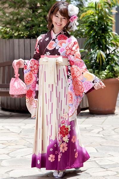 モデルまいち着用ブランド/A-101着物&A-201袴セットの衣装画像1