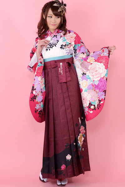 モデルまいち着用ブランド/P-101着物&P-201袴セットの衣装画像1
