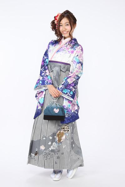 モデルまいち着用ブランド/P-104着物&P-203袴セットの衣装画像1