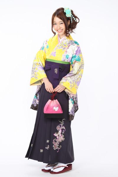 モデルまいち着用ブランド/A-107着物&E-206袴セットの衣装画像1