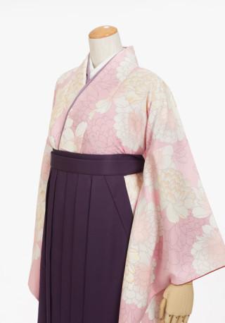 キュートなパステルピンクの袴