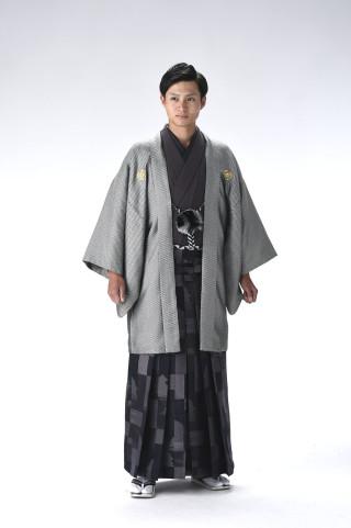 No.3766 スケイル銀黒 №302