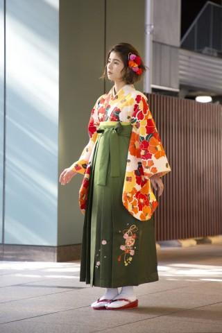 No.3893 2019年花柄オレンジ袴コーデ