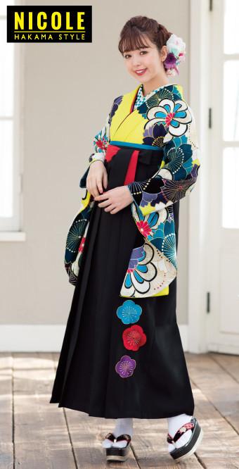 藤田にこるの可愛いイエローの2尺袖とカッコイイ黒の袴の衣装画像1