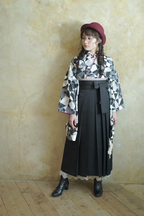 新作袴の衣装画像1