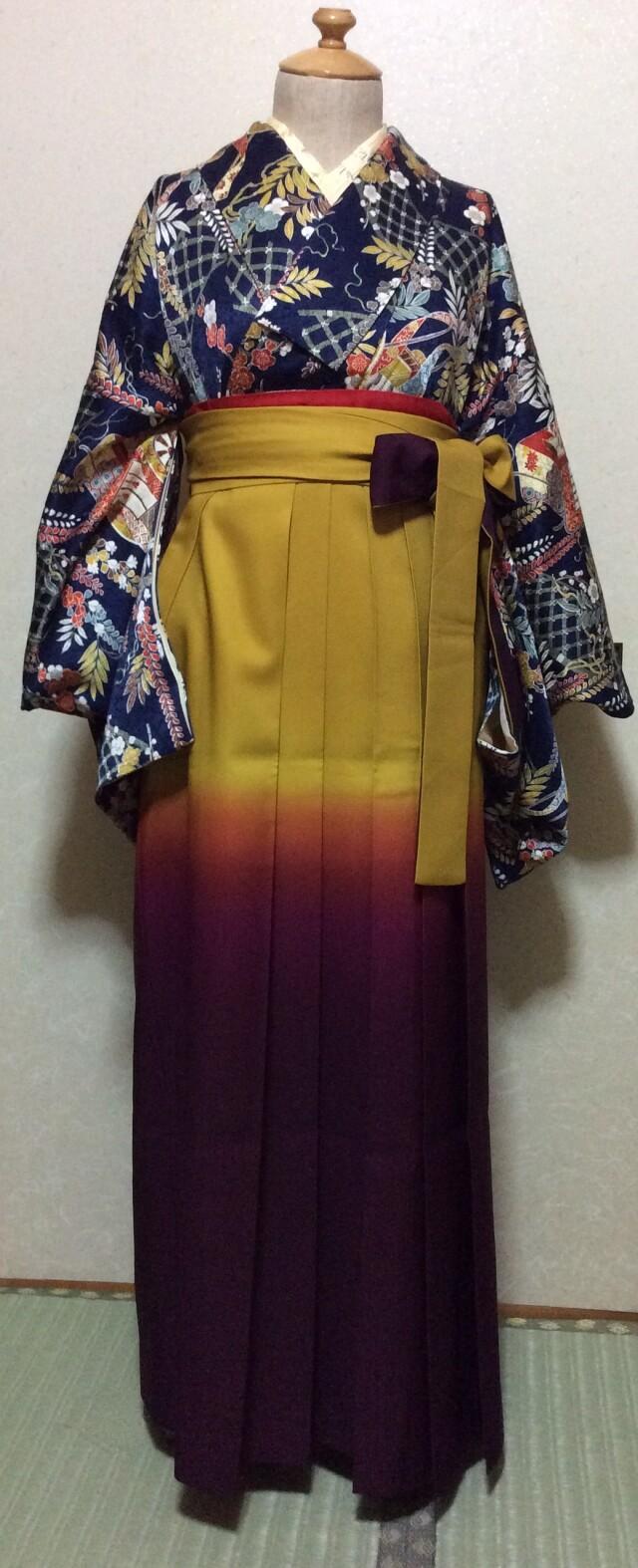 袴 着物セット 紺地 御所車&梅柄の衣装画像1